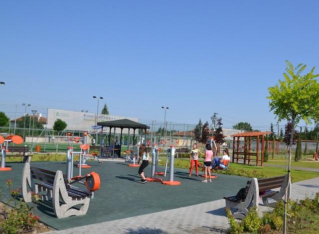 1Гълъбово парк 1