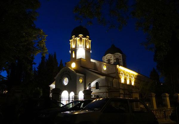 Катедралният храм Св. Димитър, потопен в светлина, снимки: Емил Енчев