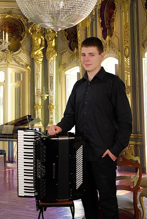 Стоян Караиванов