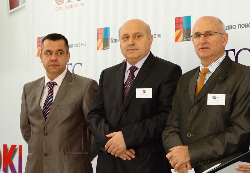 Евгени Спиров, инвеститор в Мол Галерия - Стара Загора, кметът на Стара Загора Светлин Танчев и Шалом Мор, управляващ директор на GTC за България