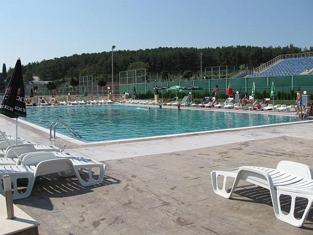 1плувен басейн