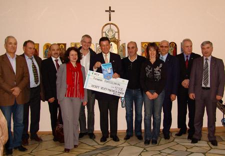 Обща снимка за спомен при посещението на делегацията от Ротари клуб Vevey-Montreux-Riviera, Швейцария в Дома за медико-социални грижи за деца