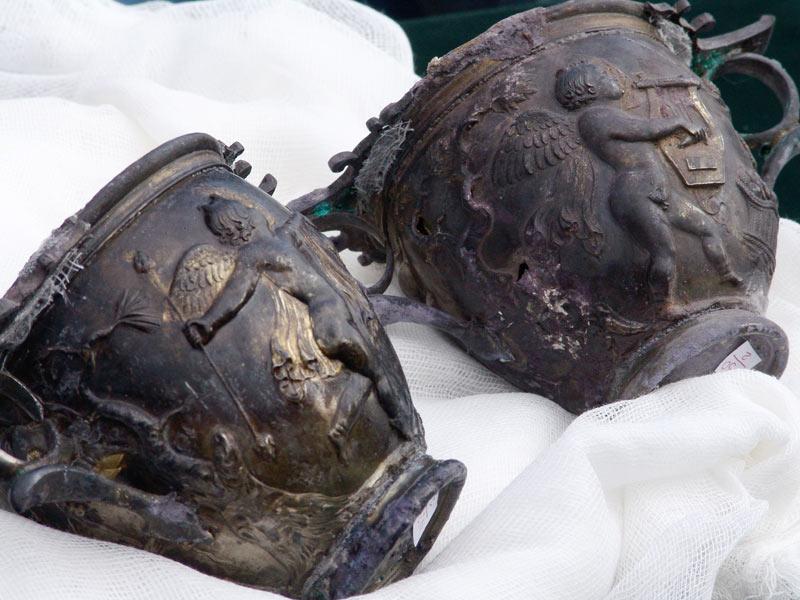Археолози откриха в Караново най-ранното тракийско погребение