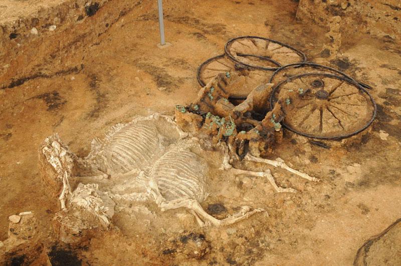 Тракийска колесница, Източната могила, с. Караново