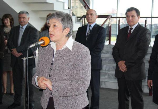 Иванка Сотирова приветства участниците в панорамата